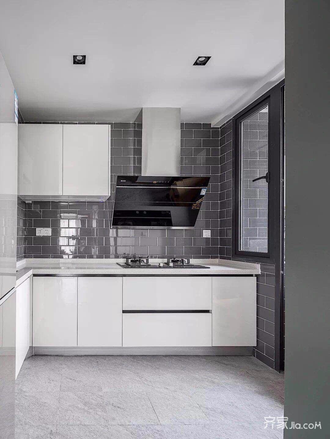 130平简约风格三居装修厨房设计图