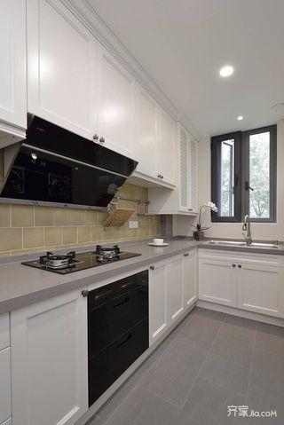 美式风格大户型厨房装修设计效果图