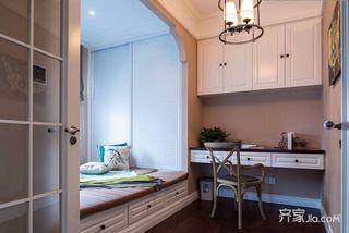 128平美式三居装修榻榻米卧室设计图