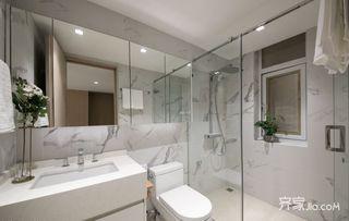 125平简欧风格三居卫生间装修效果图