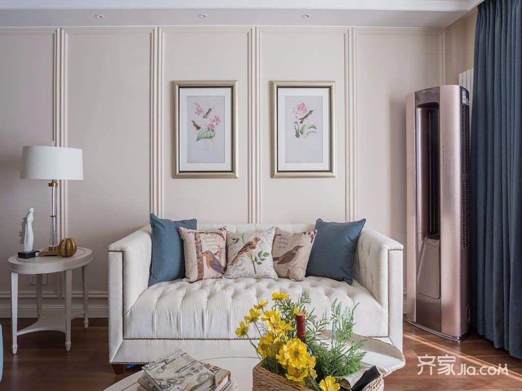 120平美式三居装修沙发效果图