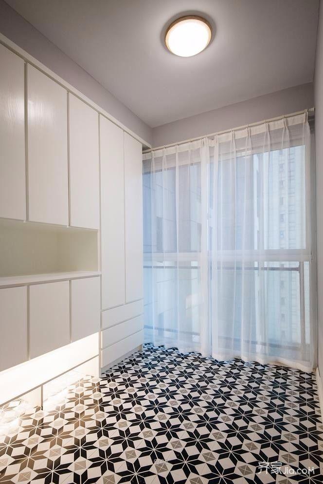 现代北欧风格二居室装修鞋柜设计图