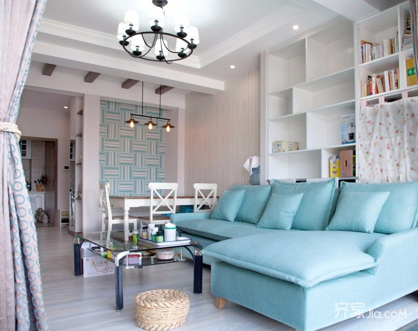75平简约美式三居装修沙发图片