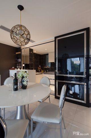 114平米现代风格装修餐桌椅图片