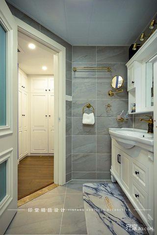 大户型美式风格四房装修浴室柜设计图
