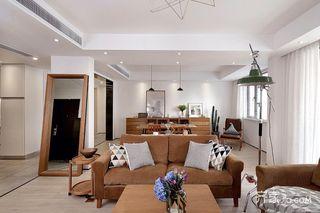 150平简约三居室装修沙发图片