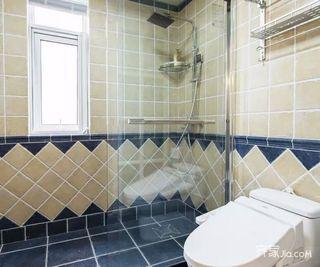 90平美式风格装修卫生间设计图