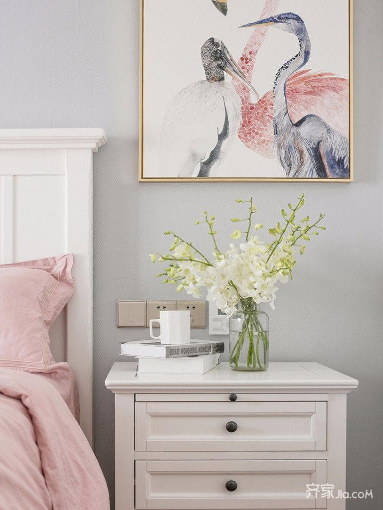 110㎡美式三居设计床头柜图片