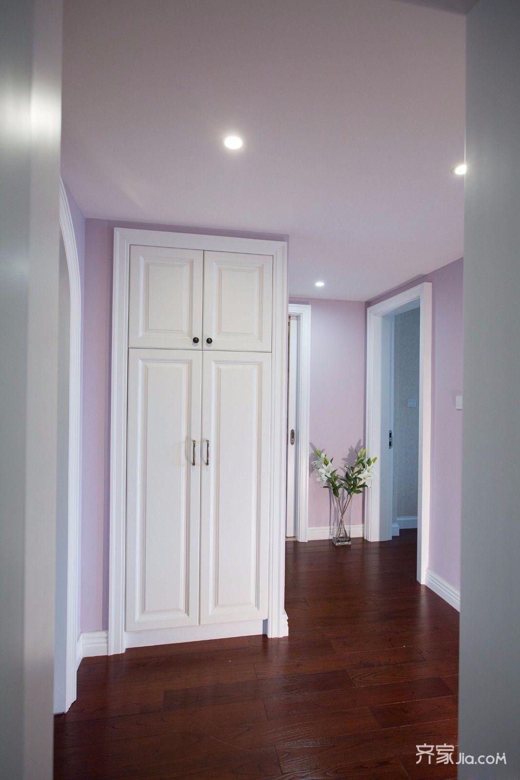 二居室温馨美式装修卧室过道