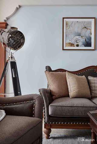 美式三居室装修沙发图片