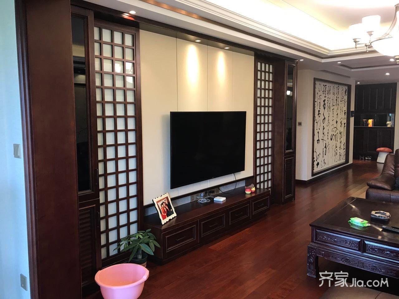 中式三居室装修电视背景墙效果图