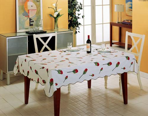 餐桌台布有哪些材料 如何搭配餐桌台布