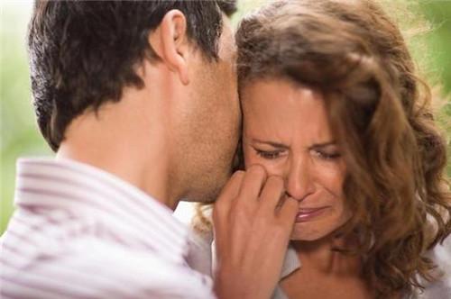 如何挽救出轨的婚姻 使你们回到幸福的生活