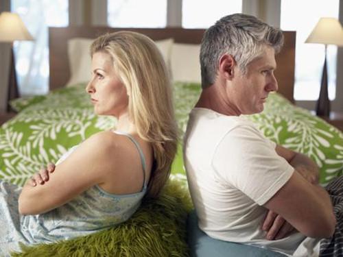 老婆出轨闹离婚怎么办 如何让她回心转意