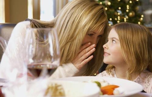 离婚孩子跟谁比较好  离婚后经常看孩子好吗