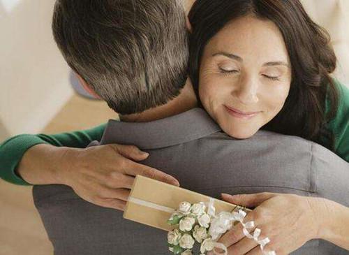 无性婚姻里的女人特征  感觉婚姻不幸福怎么办