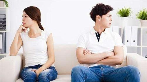离婚不离家男人的心理  为什么男人离婚不离家
