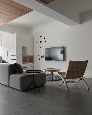 112平简约风格家电视背景墙设计图