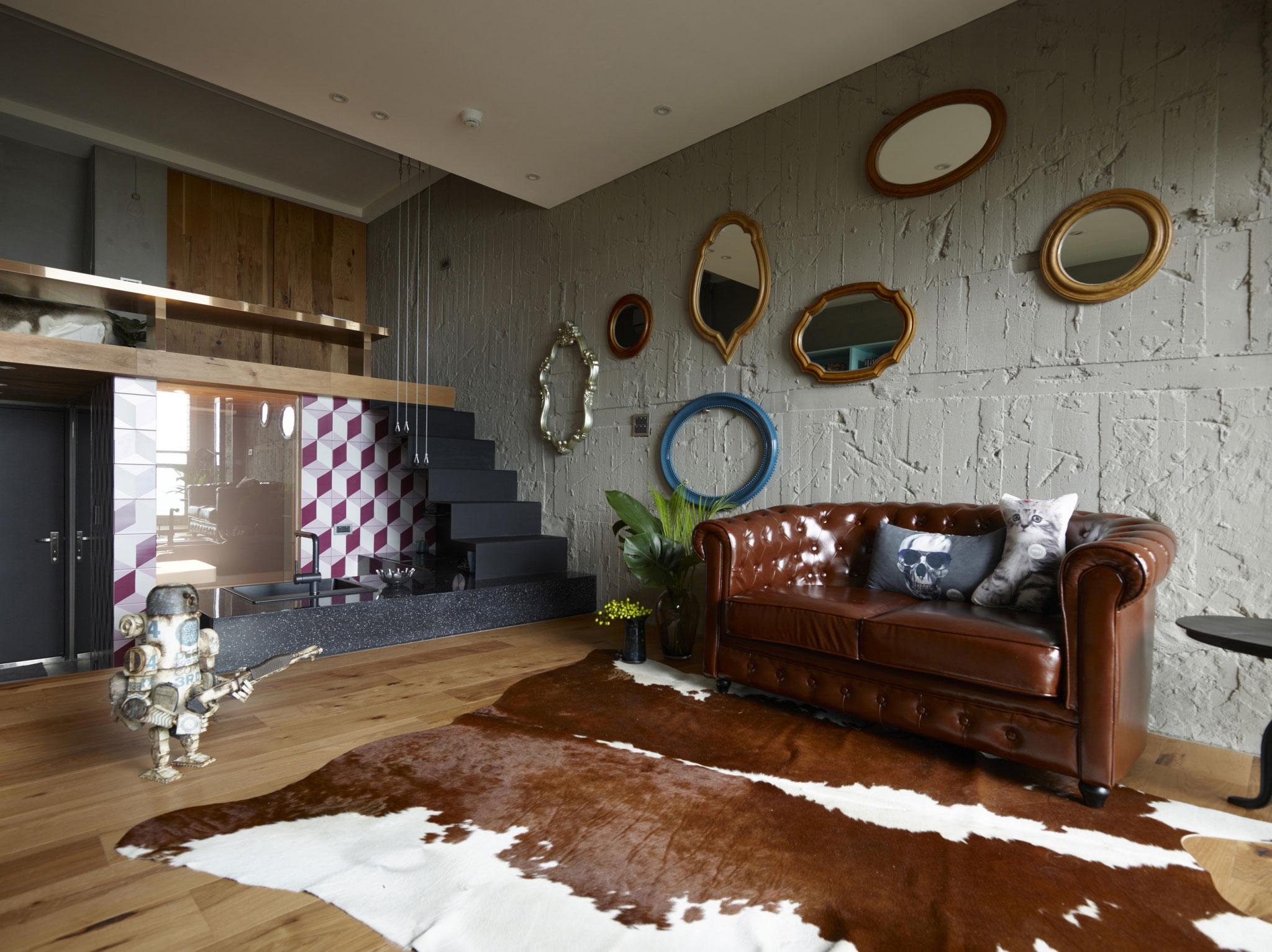 小户型Loft混搭风格装修沙发布置图