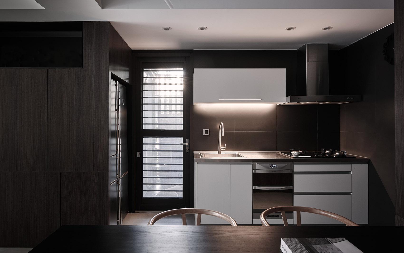 122平现代时尚简约风厨房装修效果图