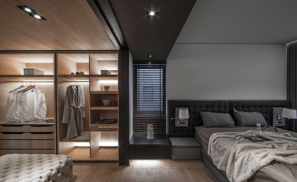 165㎡现代风格三居装修床头软包设计图