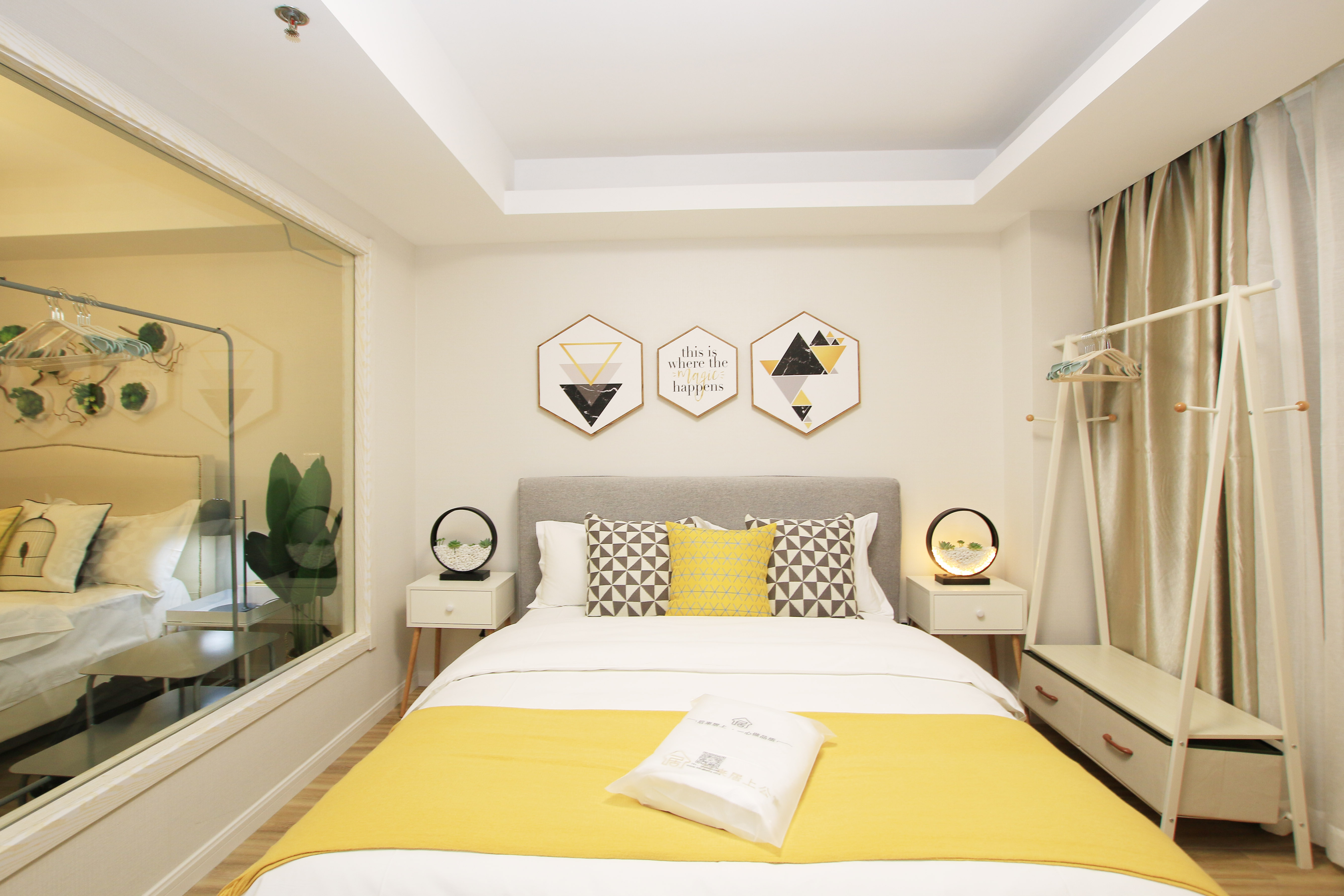 北欧简约风二居卧室装修设计效果图