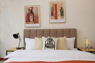 85㎡现代风格二居室装修床头软包效果图