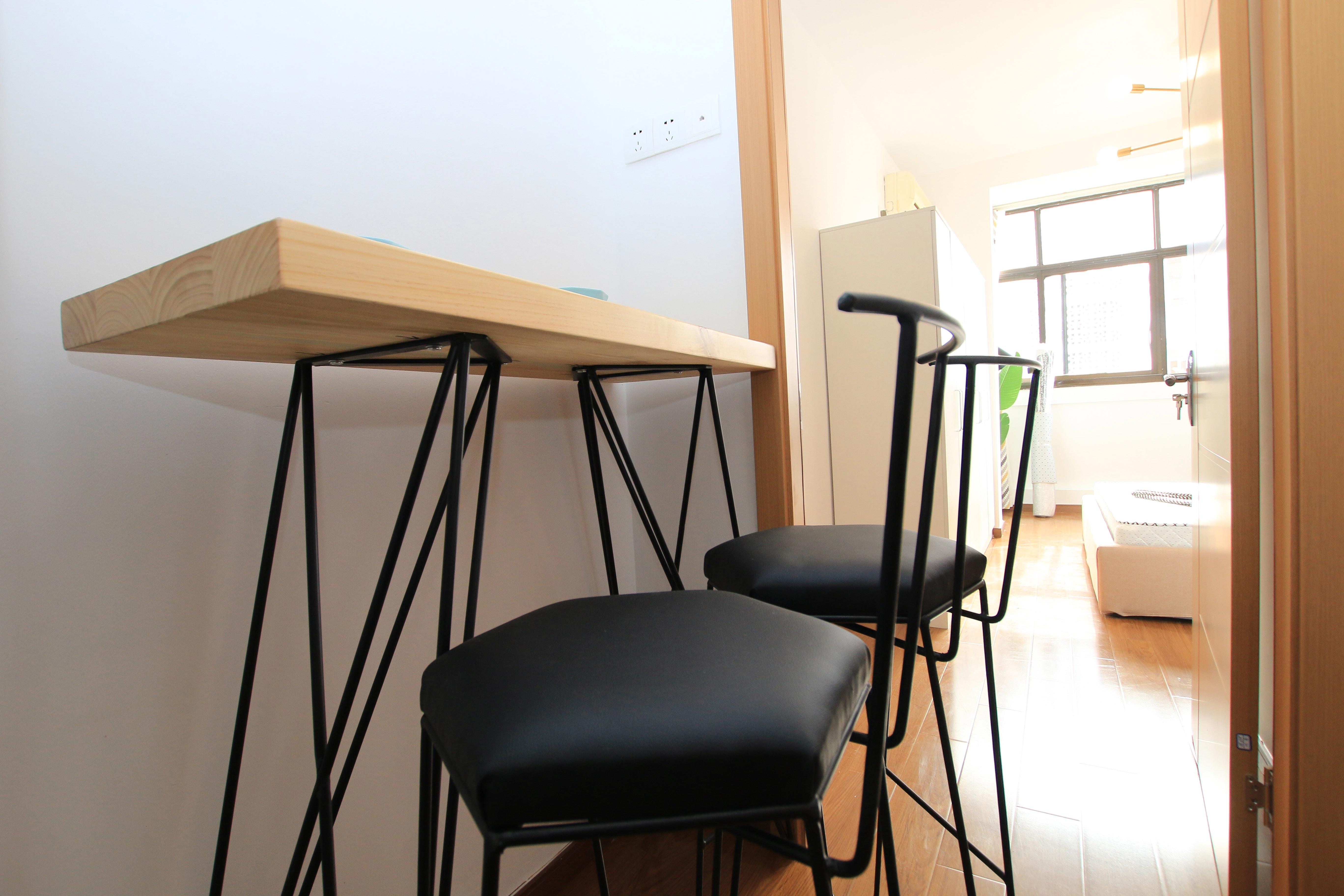 小户型北欧简约风格装修吧台设计图