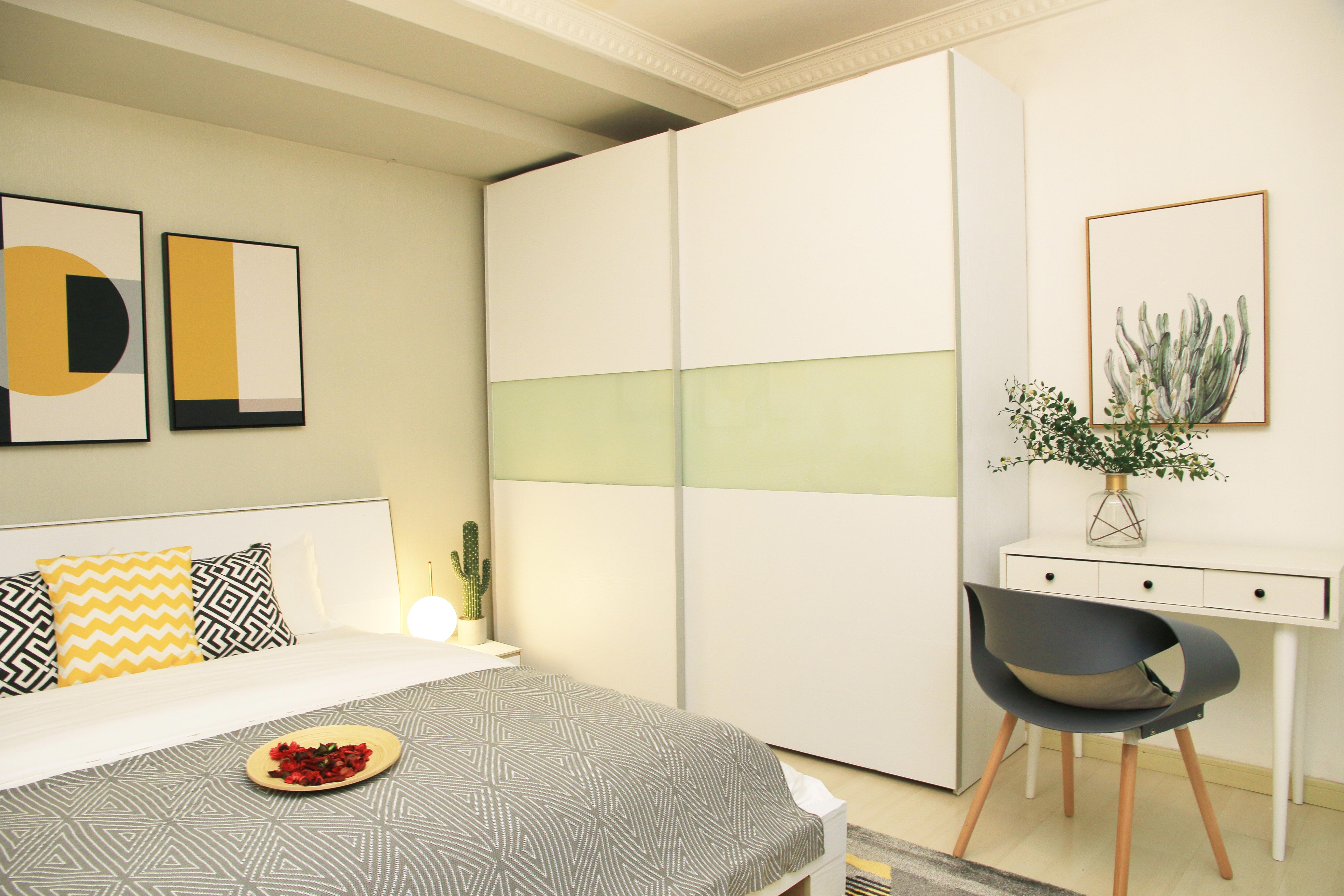 一居室北欧简约风公寓装修衣柜图片