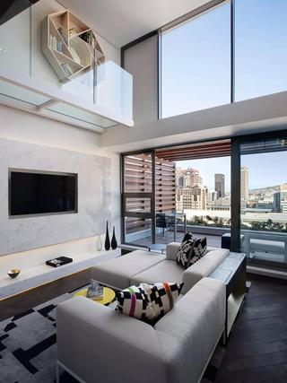 Loft风格公寓装修阳台设计图