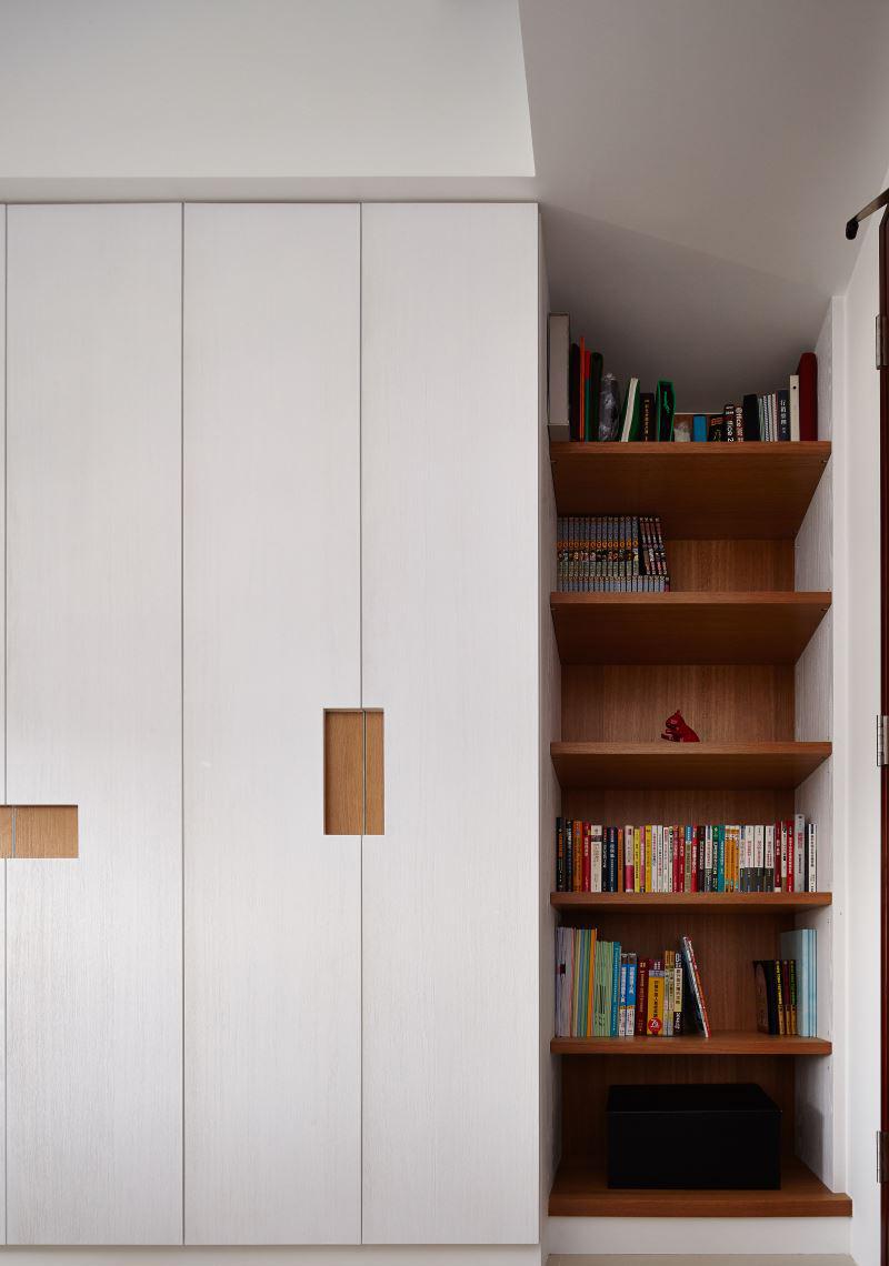115平现代风三居装修书架效果图