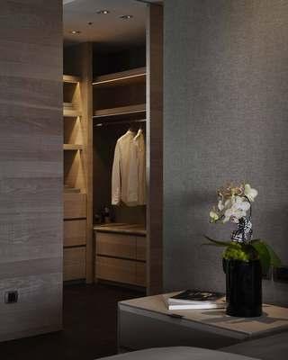 混搭风格三居室装修衣柜设计图
