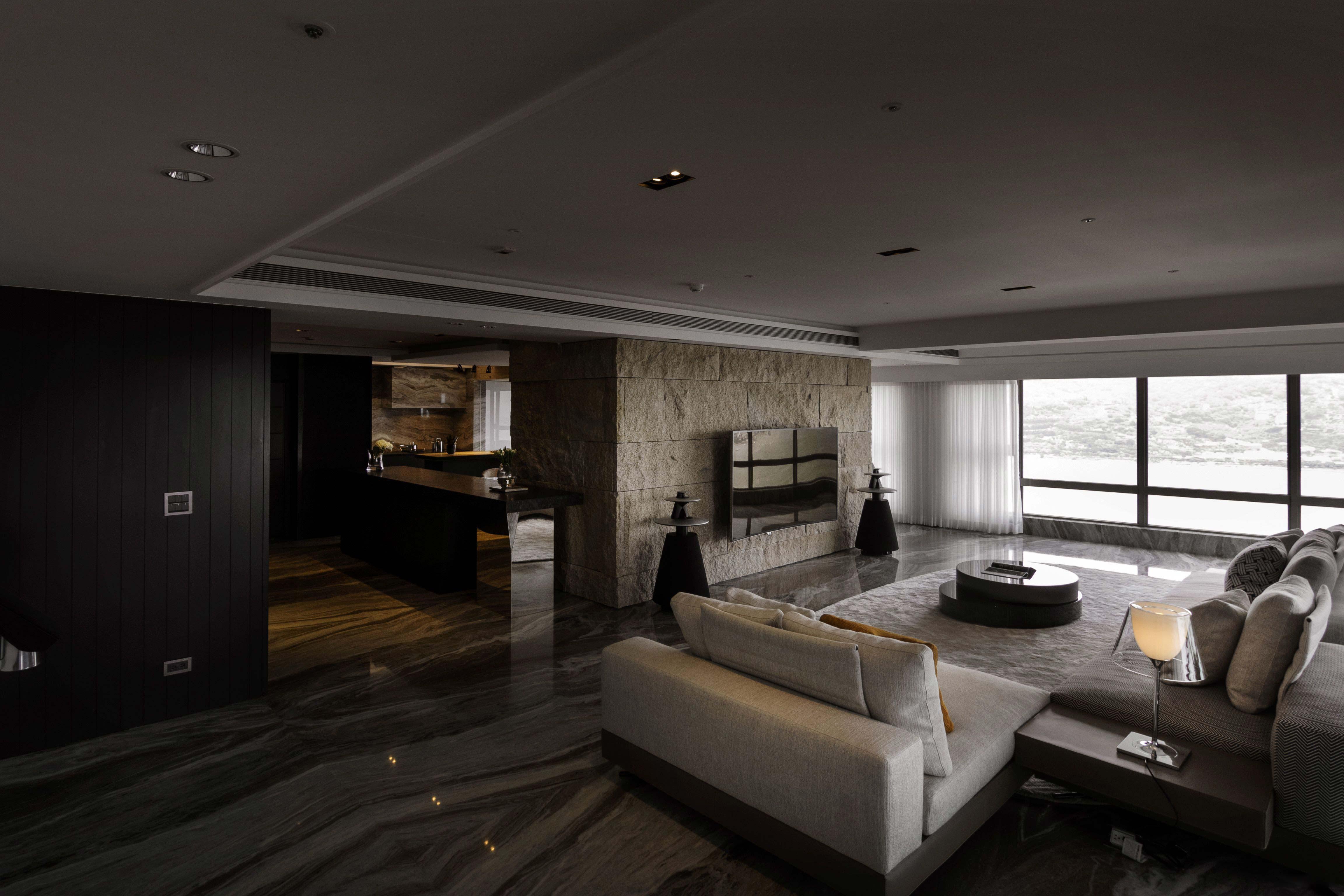 165平三居室公寓装修电视背景墙效果图