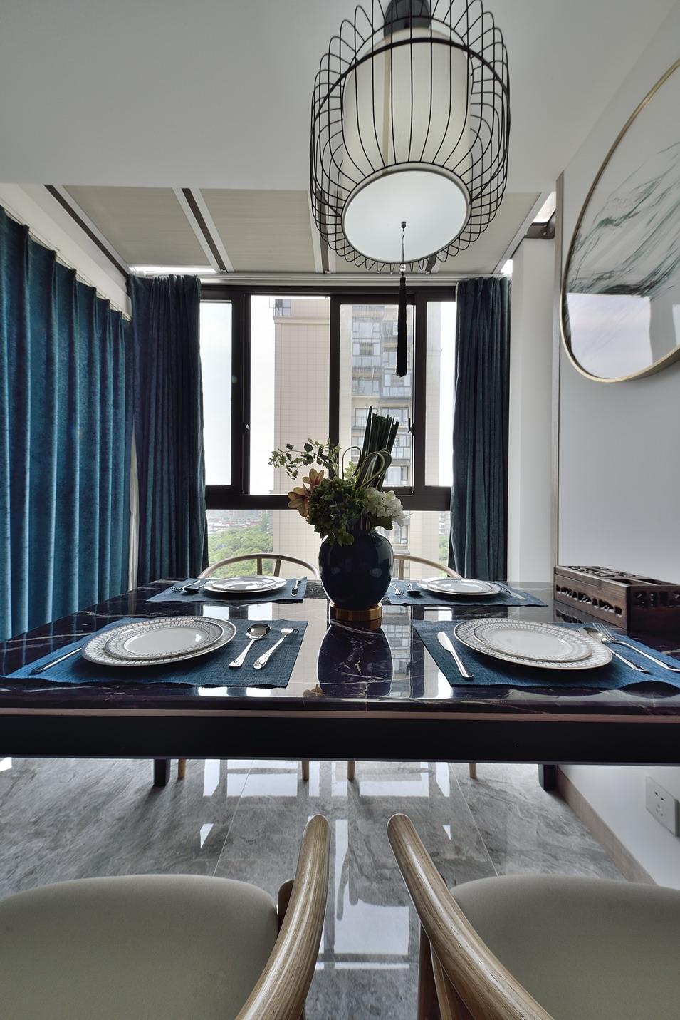 新中式风格三居室装修窗帘设计图
