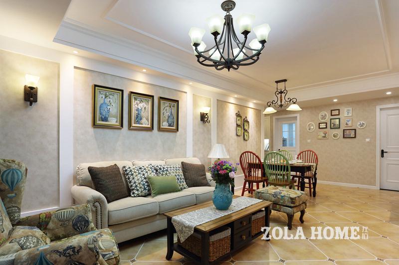 美式田园风格二居沙发背景墙装修效果图