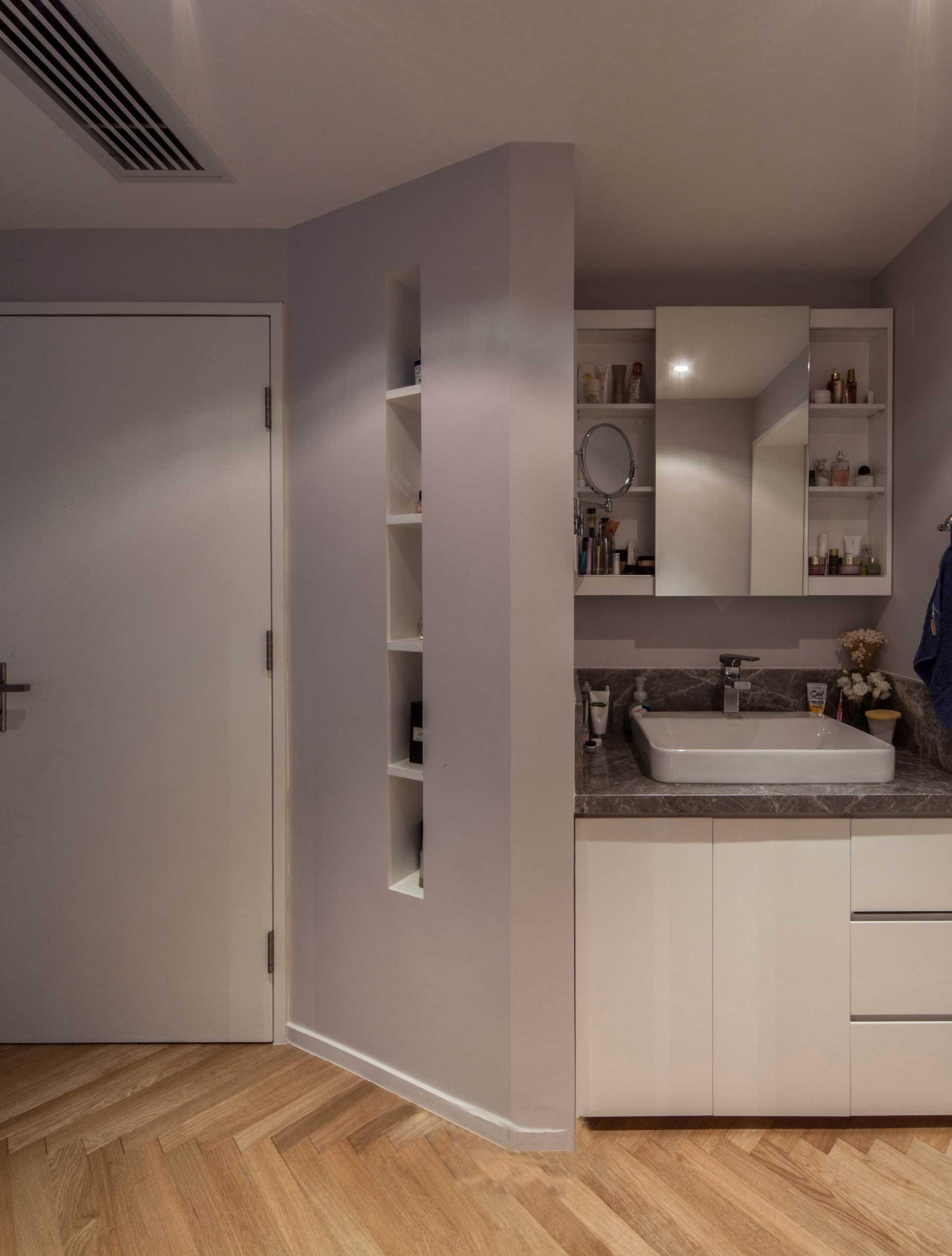 135平北欧风格三居装修洗手台设计图