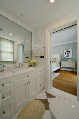 美式混搭风格别墅装修浴室柜设计图