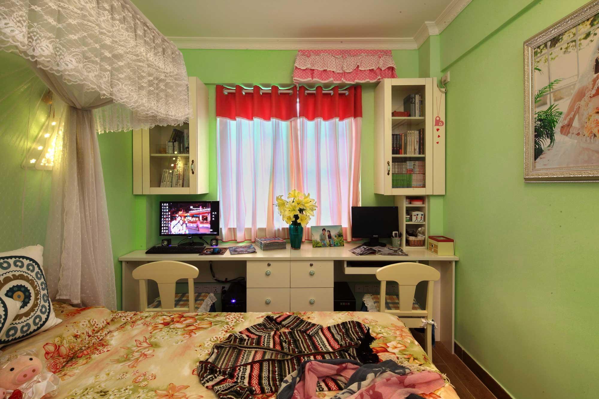 地中海风格二居室装修书桌设计图