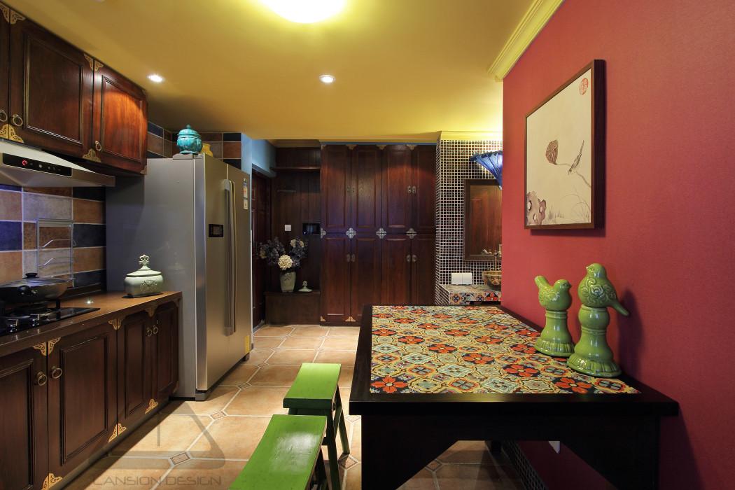 东南亚风格二居室餐厅装修效果图