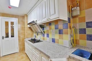 大户型美式乡村风格装修厨房一角