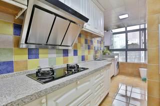 大户型美式乡村风格厨房装修效果图