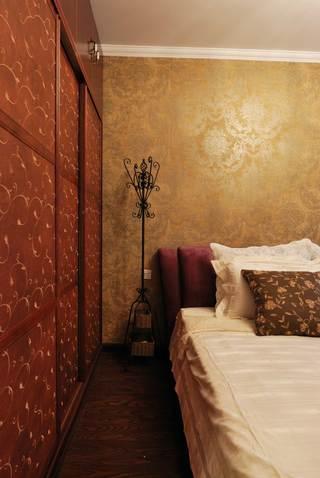 地中海混搭三居装修床头背景墙设计图