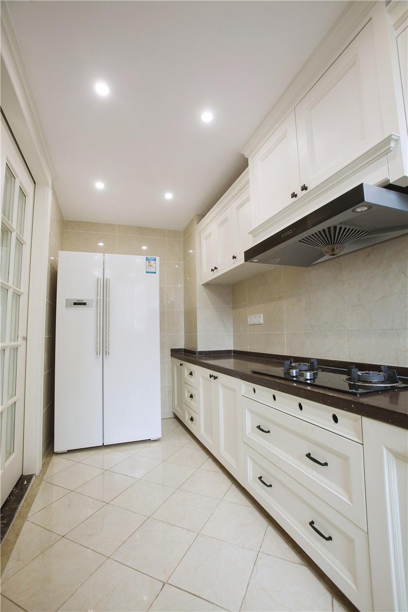現代簡美三居裝修櫥柜設計圖