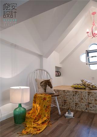 现代美式风格复式装修阁楼休闲一角