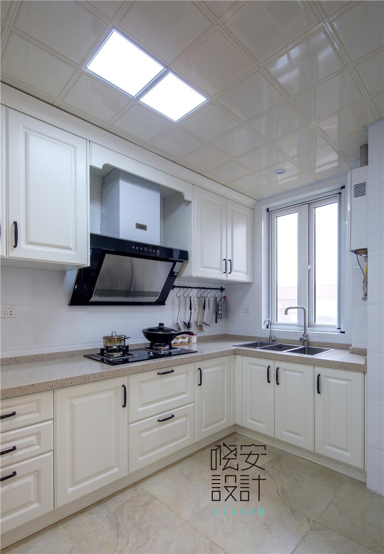 现代美式风格复式装修厨房效果图