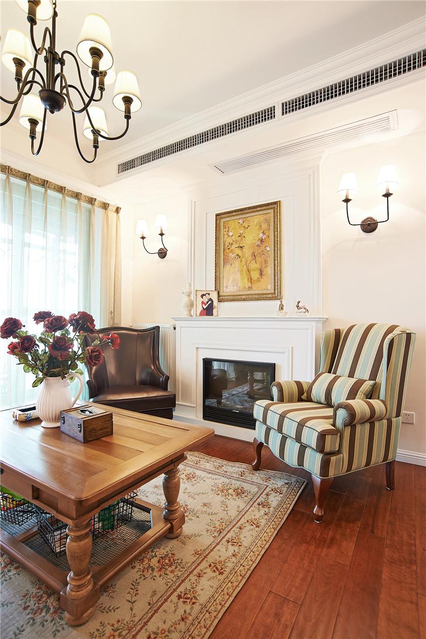现代简美风格三居客厅装修效果图