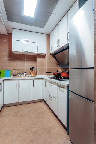 98㎡时尚现代风格厨房装修效果图