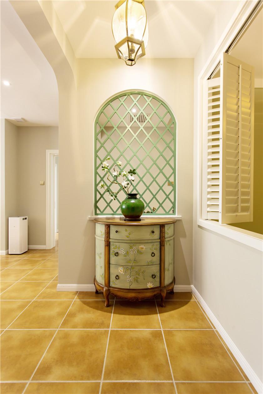 360平美式风格别墅装修格子窗效果图