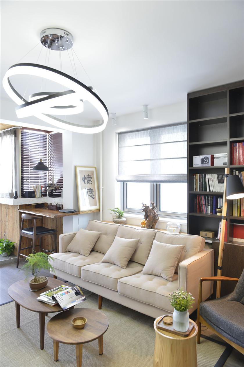 100㎡混搭风格二居装修客厅吊灯设计图