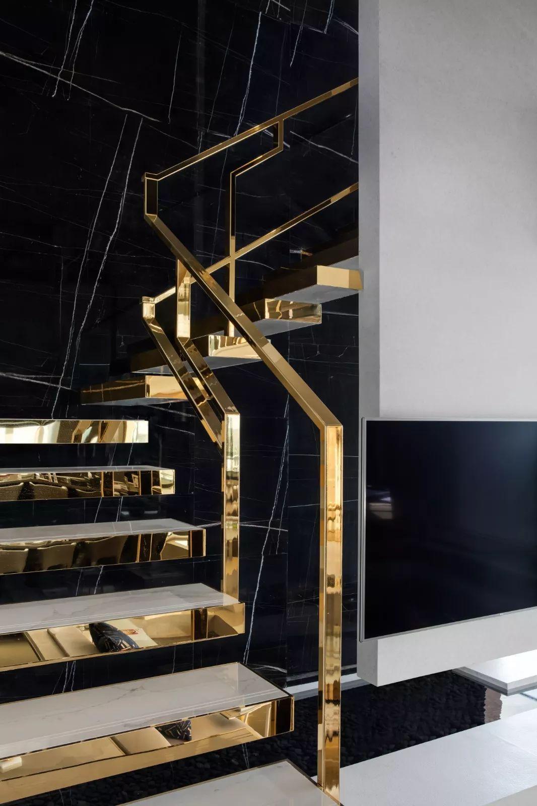 扶手栏杆楼梯